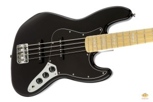 /squier_vintage_modified_jazz_bass_black